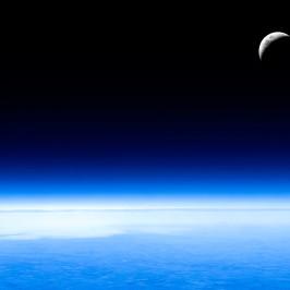 Moon Wallpaper [HD+1080p+Wide]